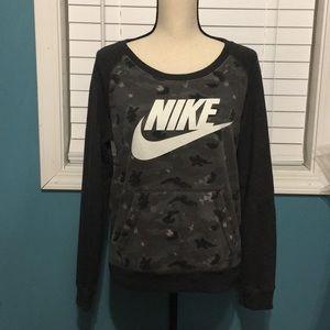 Nike Women's Camouflage Sweatshirt Size M
